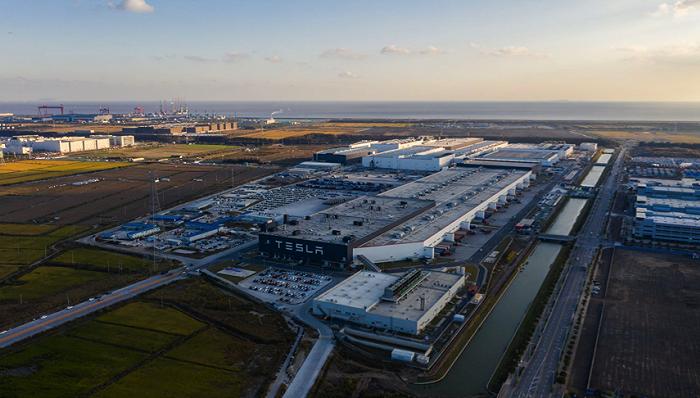 儘管全球半導體短缺,但特斯拉上海工廠在今年前9個月預計將生產30萬輛汽車。(圖/...