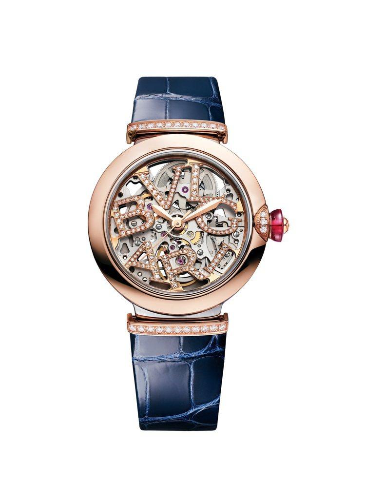 LVCEA SKELETON鏤空鑲鑽腕表,約36萬1,800元。圖/寶格麗提供