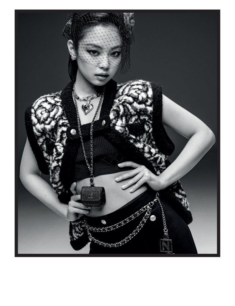Jennie主演的2021/22 Coco Neige系列形象廣告完整曝光。圖/...