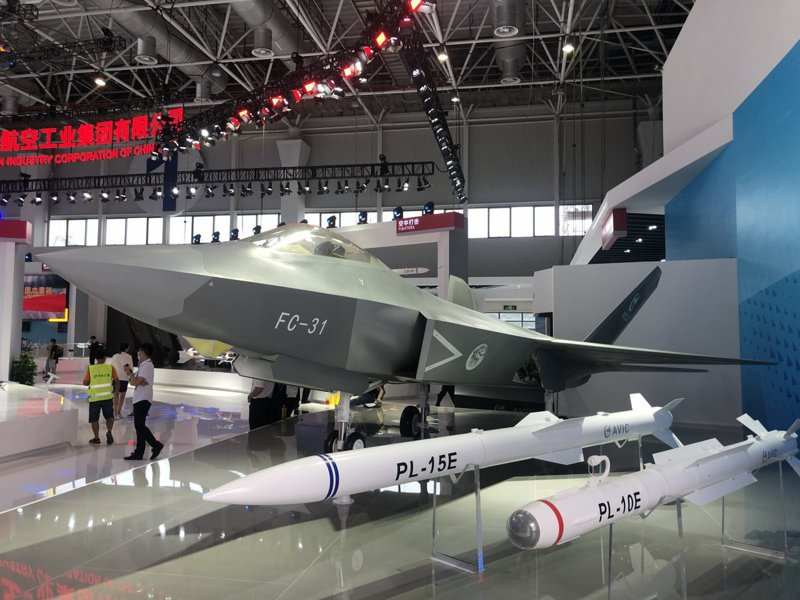 FC-31改進型可能作為解放軍航空母艦的隱形艦載機。(取自香港文匯)