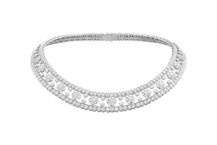 Snowflake項鍊,鉑金鑲嵌鑽石,約1,070萬元。圖/梵克雅寶提供