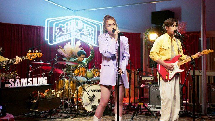台灣三星將於9月30日晚上8點在官方Facebook粉絲專頁舉辦「三星Galax...