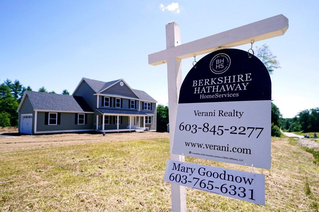 最新數據顯示,美國7月房價較一年前飆漲19.7%,創1987年開始統計以來最大漲...