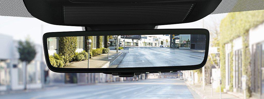 小改款Jaguar E-Pace雙車型統一標配ClearSight電子車內後視鏡...