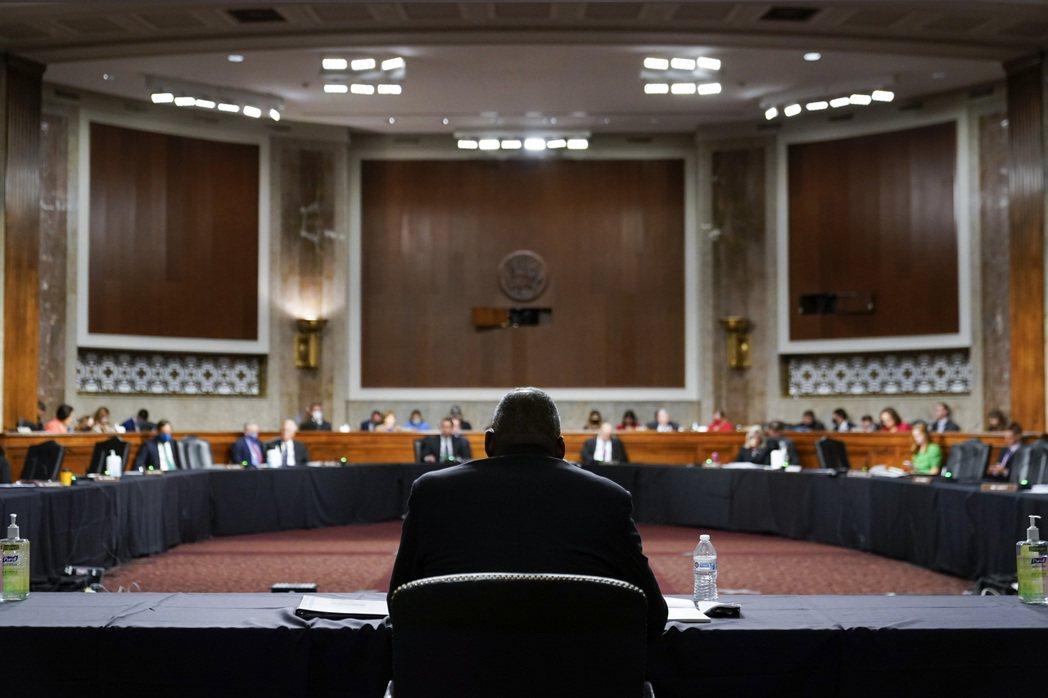圖為出席聽證會的國防部長奧斯汀(Lloyd Austin III)。 圖/美聯社