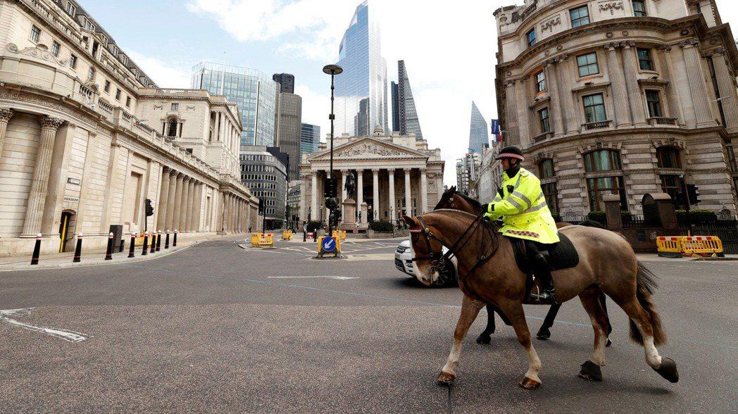 英國央行已暗示可能在今年內升息。圖/路透