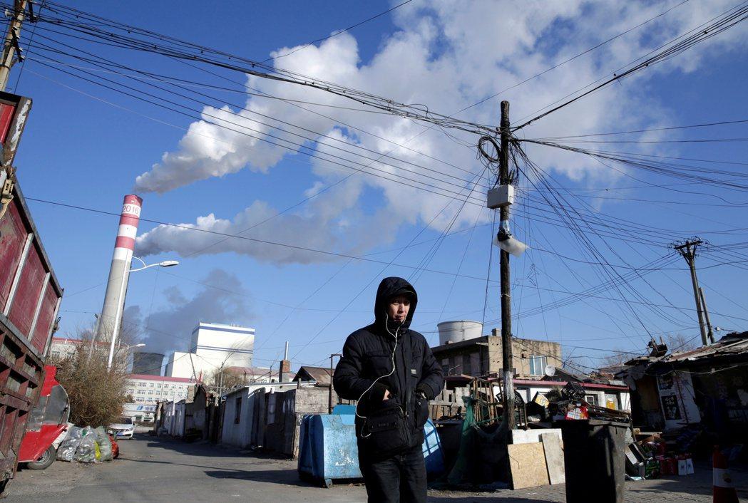 緊急配合節能減碳是不是大限電的主因?中國燃煤發電不足其實是長期問題,此時更為惡化。 圖/路透社