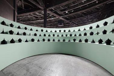 Mathieu Lehanneur以各國人口結構,創作出雕塑作品。圖/摘自Mathieu Lehanneur IG