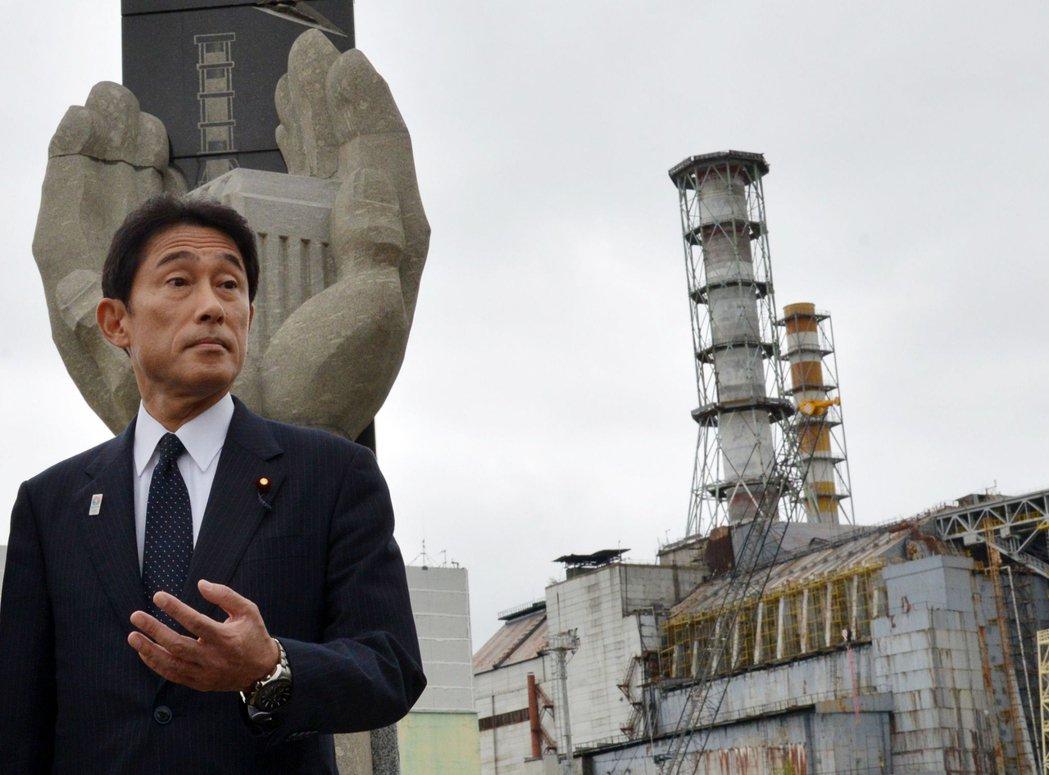廣島出身的岸田文雄,家族之中也有人是廣島原爆的罹難者,這也是岸田為何會反對發展核...