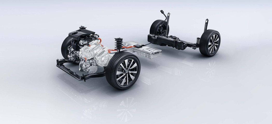 代號HR12 e-POWER系统,由72匹馬力的1.2升三缸引擎加上136匹馬力...