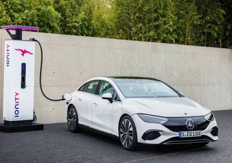 Mercedes-Benz不玩油電系統了 將全力開發純電動力!