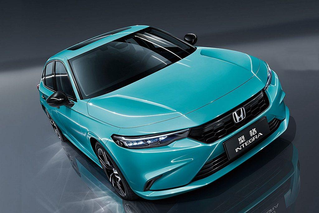 Honda Integra從過往雙門設定,改為更帥且實用性較高的四門Coupe造...