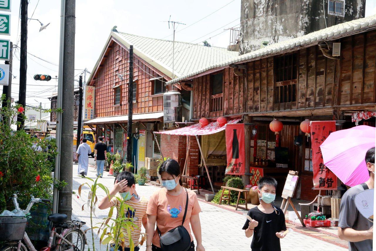 台南後壁菁寮老街舊時有「嫁妝街」之稱。 圖/台南市政府提供