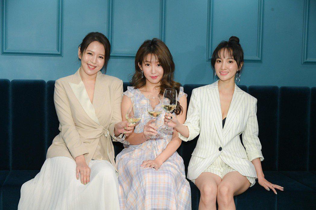 「未來媽媽」入圍四項亞洲影藝創意大獎。圖/三立提供
