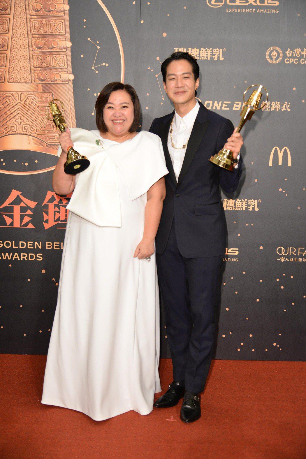 金鐘獎戲劇節目男主角獎薛仕凌、女主角獎鍾欣凌。圖/三立電視台提供