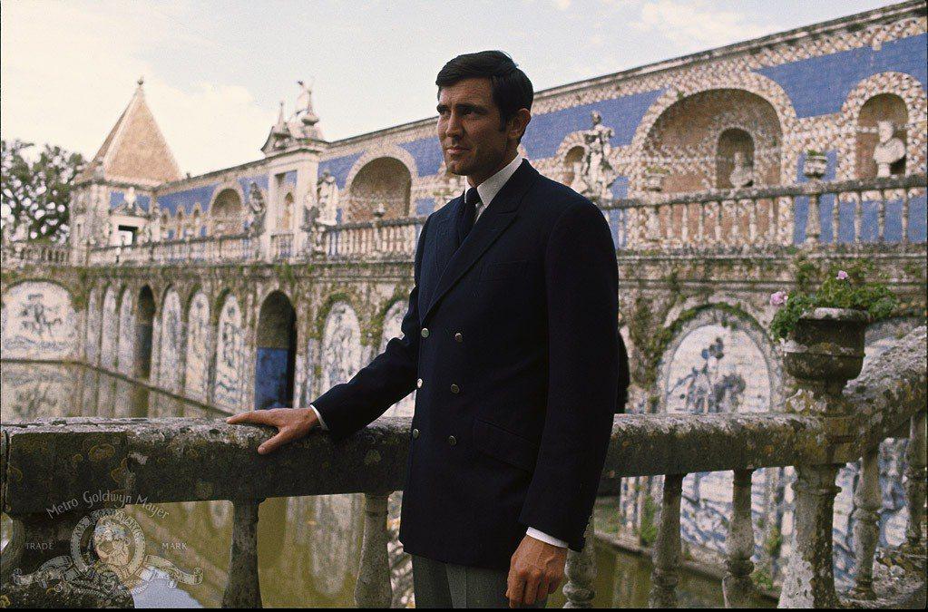 喬治拉贊貝只演過一次007。圖/摘自imdb