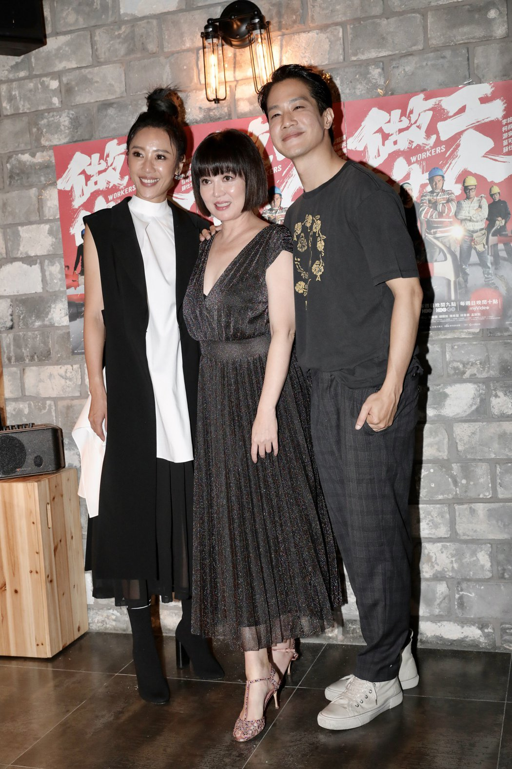 薛仕凌(右起)、苗可麗、方宥心。記者李政龍/攝影
