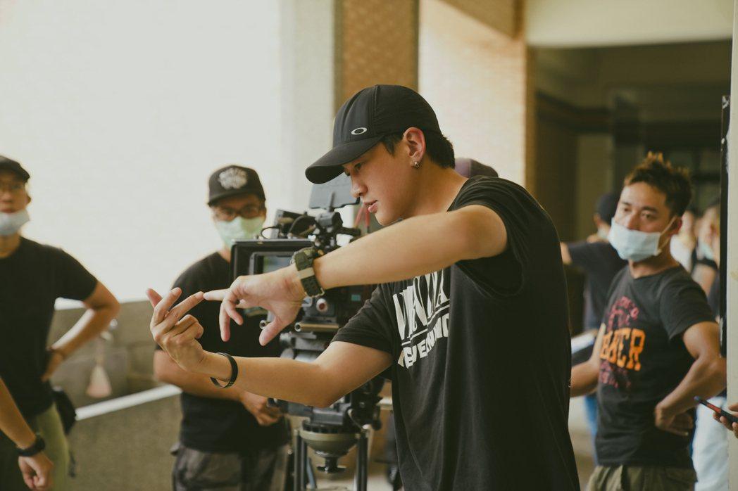 金鐘導演何潤東執導的第二部作品「誰在你身邊」3號晚上在HBO播出。圖/HBO提供