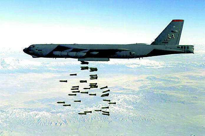 美軍發現,載彈量龐大、操作成本低廉,B-52是麾下最划算的機種。路透
