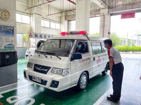 中華三菱救護車健檢服務起跑 守護防疫的每一哩路