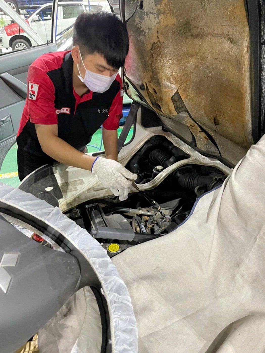 投入近千名技師人力協助救護車健檢服務,提供消防、醫護最便利、最快速之維修方式。 ...