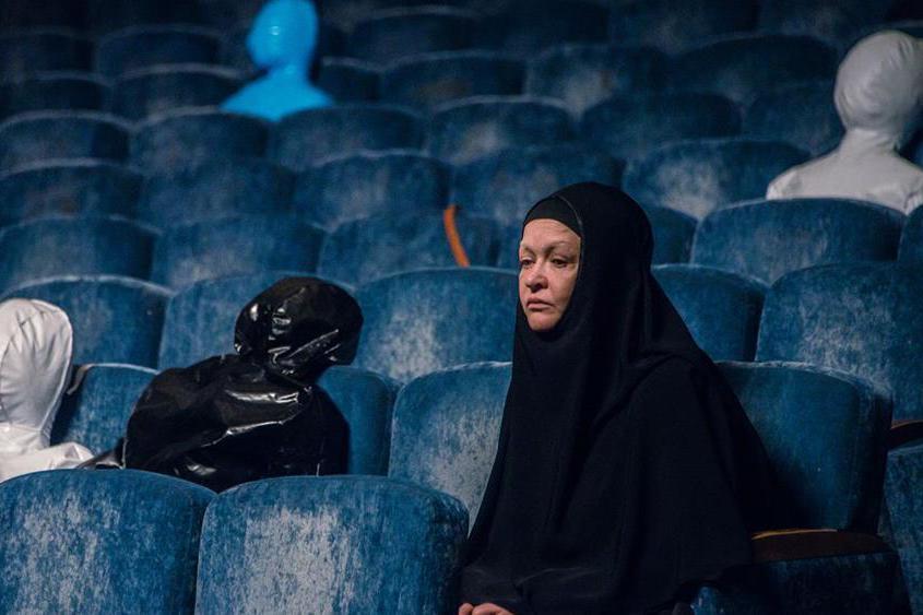 導演艾凡.塔爾多斯基的第四部作品《重返悲劇現場》將鏡頭對準「杜布羅夫卡劇院」,創作出近二十年來俄羅斯首部以「莫斯科歌劇院脅持事件」為主題的劇情片。圖為《重返悲劇現場》劇照。 圖/台北電影節提供