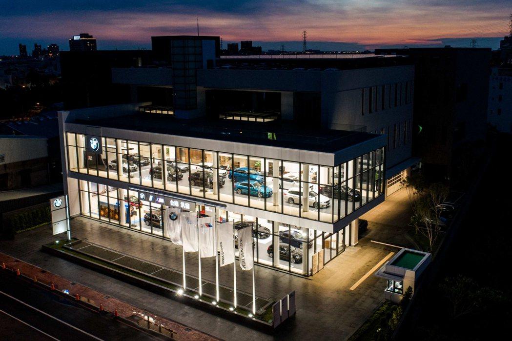 BMW總代理汎德持續致力與經銷商夥伴攜手合作導入同步全球的「BMW Future...