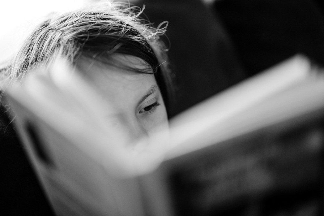 創立NGO協助提升偏鄉女孩教育的塔吉克少女富卡左達榮獲勵馨基金會今年「亞洲女孩獎...