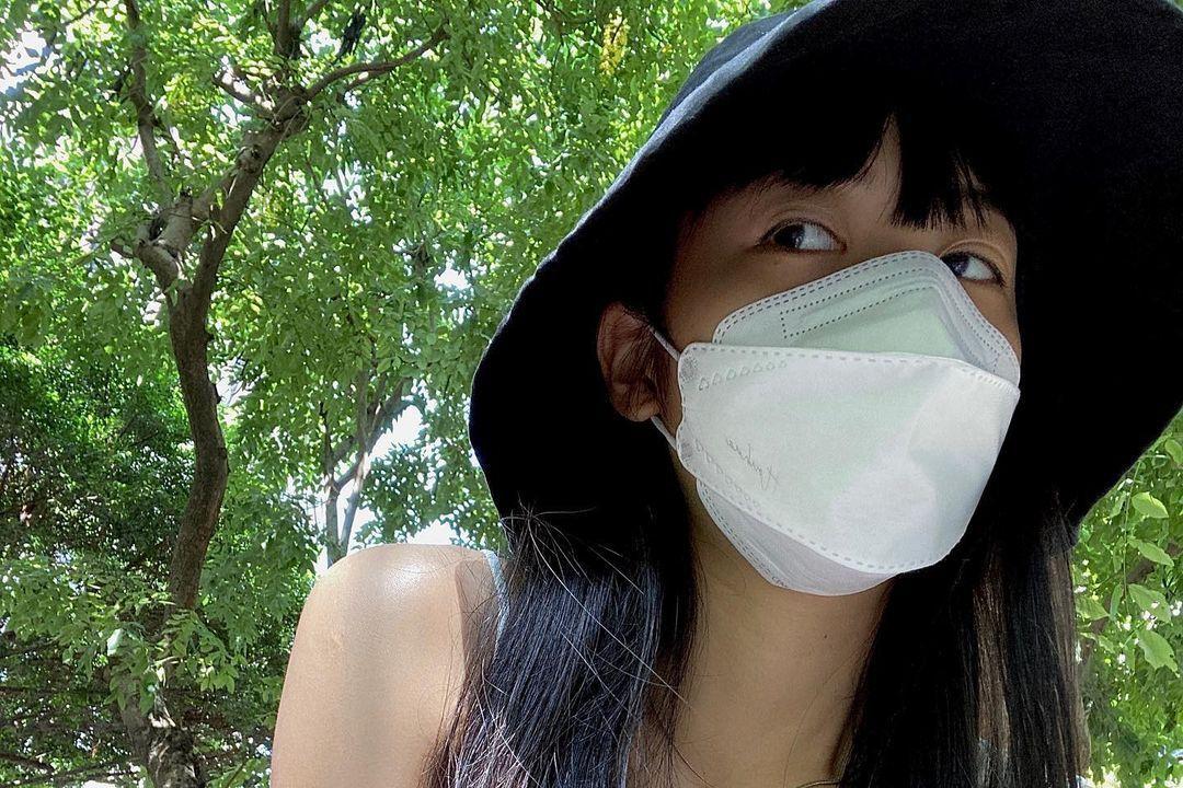 以「極簡主義」為影片主題的YouTuber NanaQ早前曾被網友整理出BUG打臉她的極簡主義,引起爭議,不過她未因此改變風格,一樣維持「極簡主義」分享日常,而3日她透露自己感受到了「最接近死亡的一...