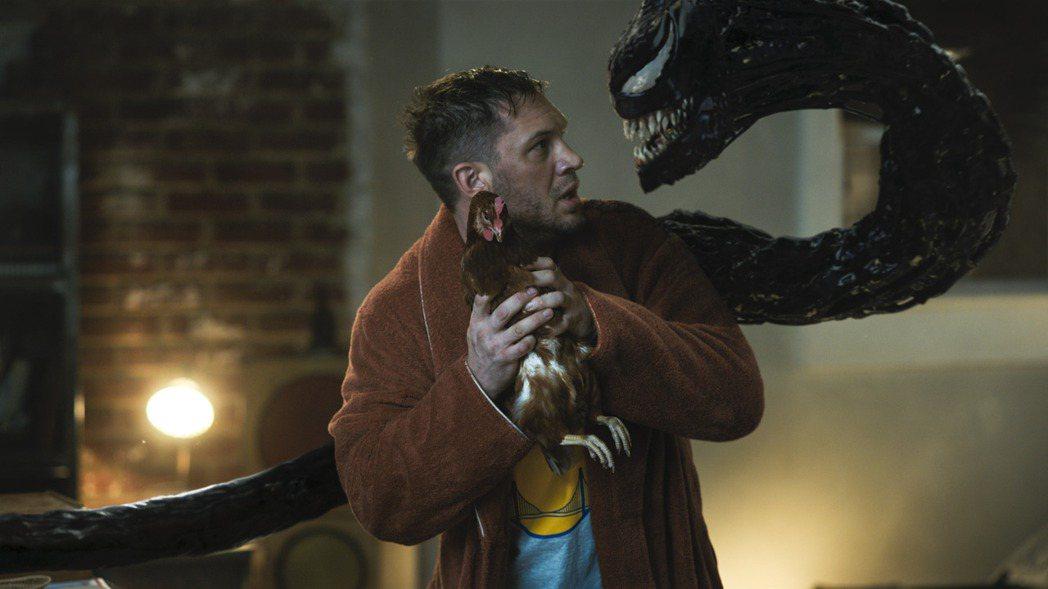 「猛毒2:血蜘蛛」在美國創下疫情期間最佳新片首周末票房,賣破9000萬美元。圖/...