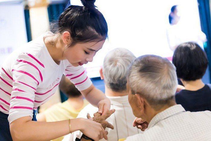 克蘭詩台灣於2018年開始長期資助中華民國類風濕性關節炎之友協會,且每年定期舉辦...