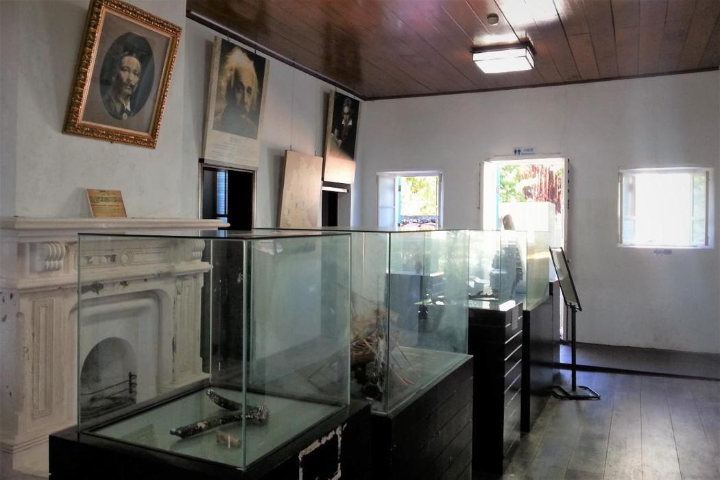 安平外商貿易紀念館,地震前的館內陳設。 圖/作者拍攝