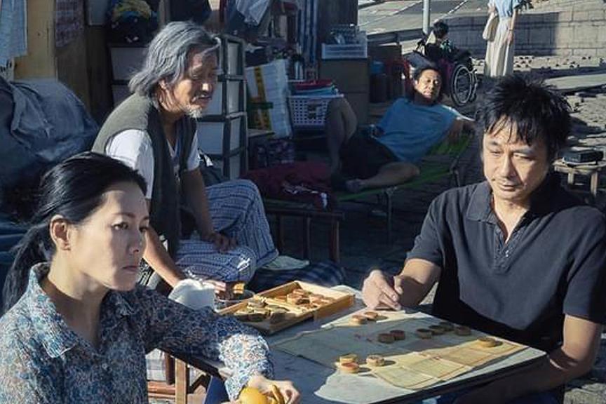 第58屆金馬獎入圍名單揭曉,香港電影「濁水漂流」以12項提名領先,但3部台灣片「月老」、「緝魂」和「瀑布」也都入圍11項,堪稱近幾屆最激烈的競爭。最受矚目的帝后之戰則呈現不同世代的偶像對決昔日得主,...