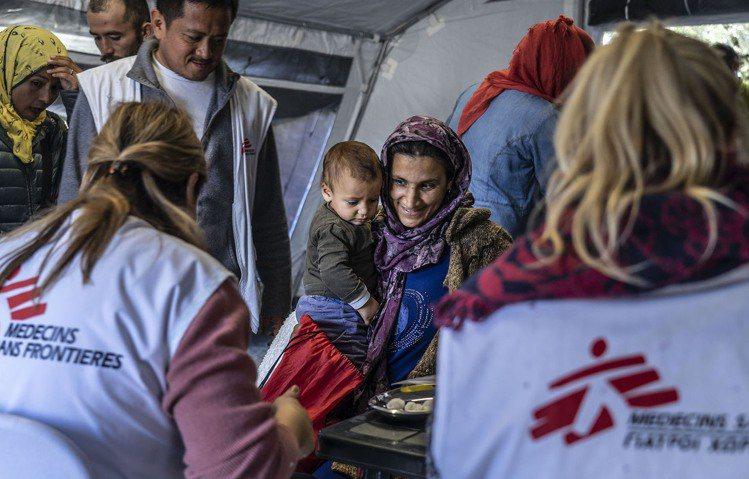 成立於1971年的無國界醫生(MSF)長期在衝突地區工作與提供長期護理服務,每年...