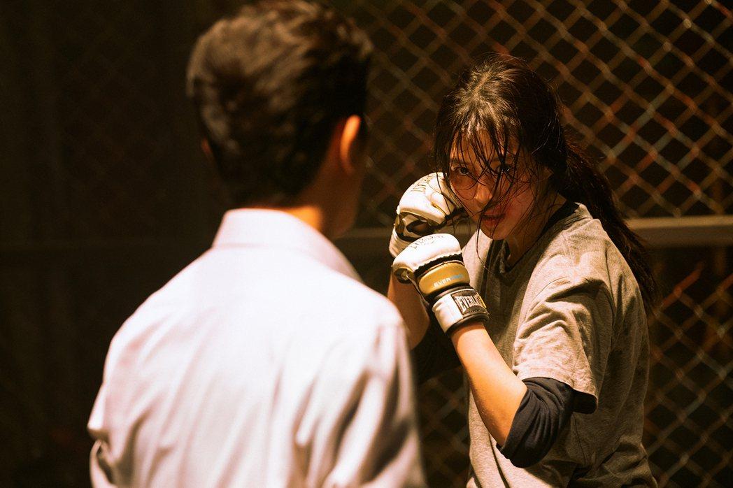 韓韶禧在「以吾之名」親自上陣許多高難度動作戲。圖/Netflix提供