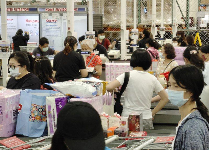 美式賣場好市多受到許多民眾喜愛。圖為中和好市多。示意圖/聯合報系資料照