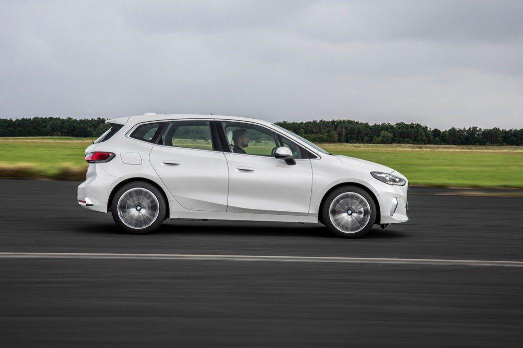 第二代BMW 2 Series Active Tourer (U06) 採用與門...