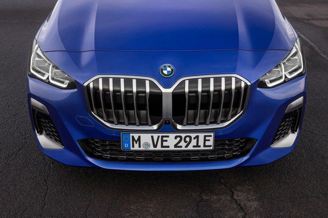 第二代BMW 2 Series Active Tourer (U06) 正式亮相...