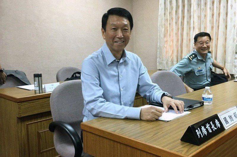 軍方高層今年缺席美台國防工業會議,外傳是因為前參謀總長李喜明(左)受邀的因素。圖/聯合報系資料照片