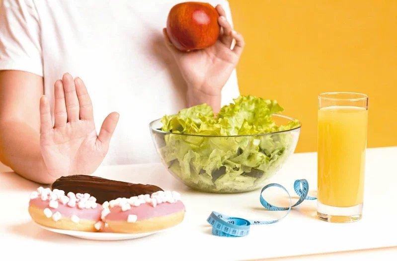 吃太多糖,有損身體健康,平常飲食應避免過量攝取精緻糖。 圖/123RF