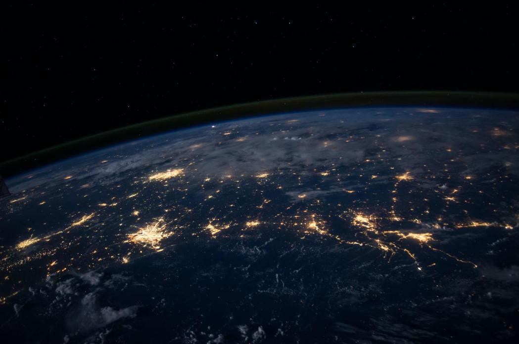 後疫情時代,全球永續概念興起,2020年更被視為全球ESG投資的轉折之年。 圖/...