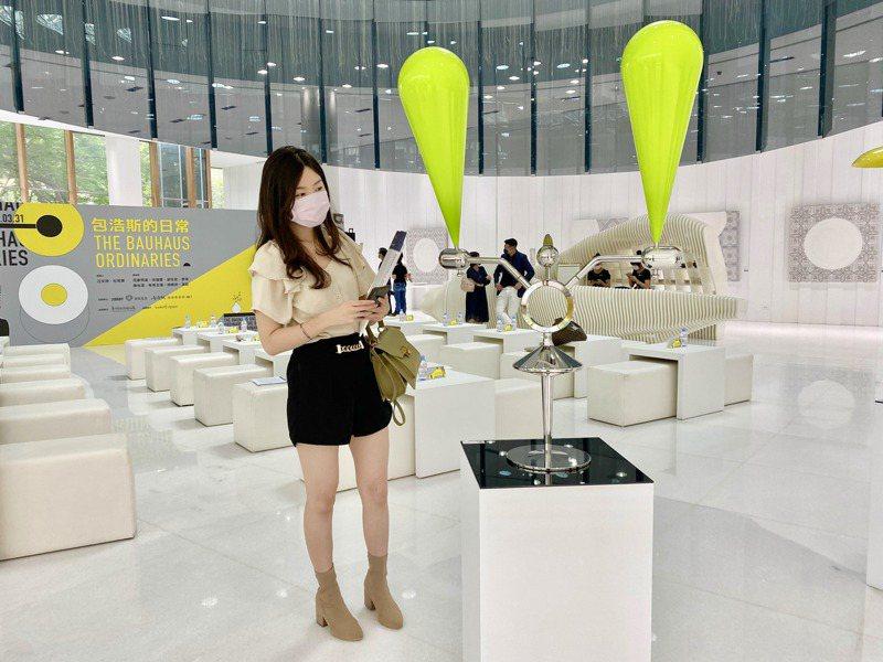 今年展出作品包含了數位藝術品、風動性、機械性與帶有互動性質的藝術創作。記者宋健生/攝影