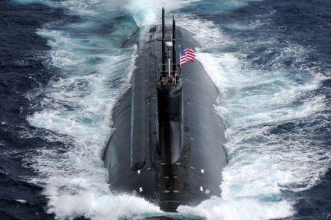 國與中國沿著西太平洋的「新冷戰」對抗,在過去10天裡因一連串的連鎖發展——尤其,...
