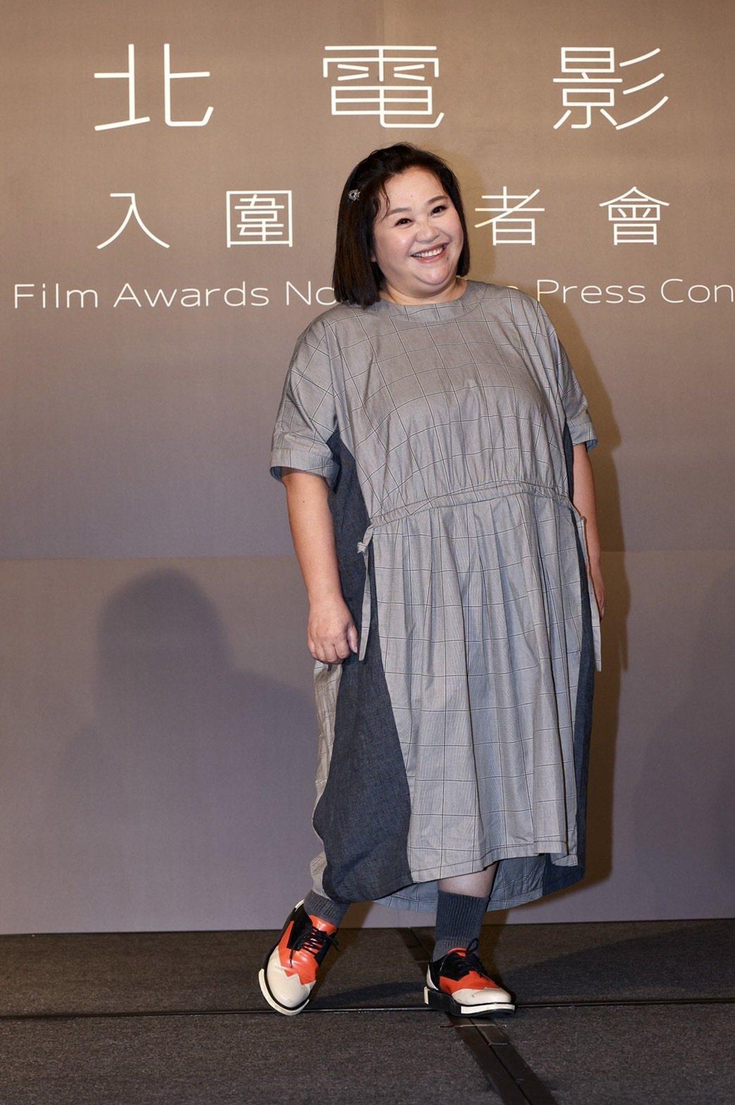 鍾欣凌才剛拿下金鐘戲后,再度入圍台北電影獎、金馬獎,笑稱「大家都很照顧我」。記者...