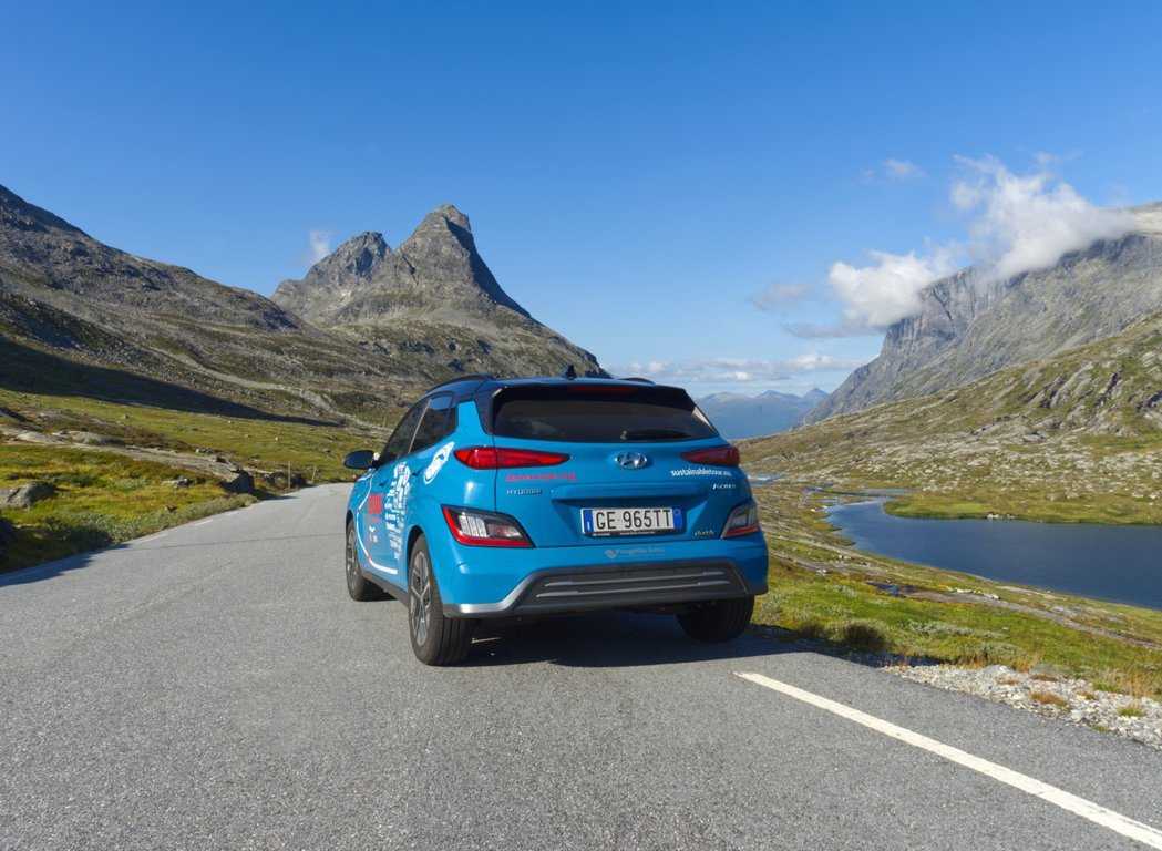 Hyundai Kona Electric於歐洲上市三年就達成了十萬輛銷售里程碑...