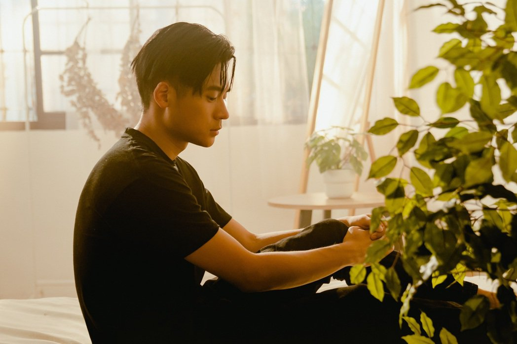 饒舌新秀李杰明撞臉周興哲,更被封為「饒舌界周興哲」。圖/陶山音樂提供