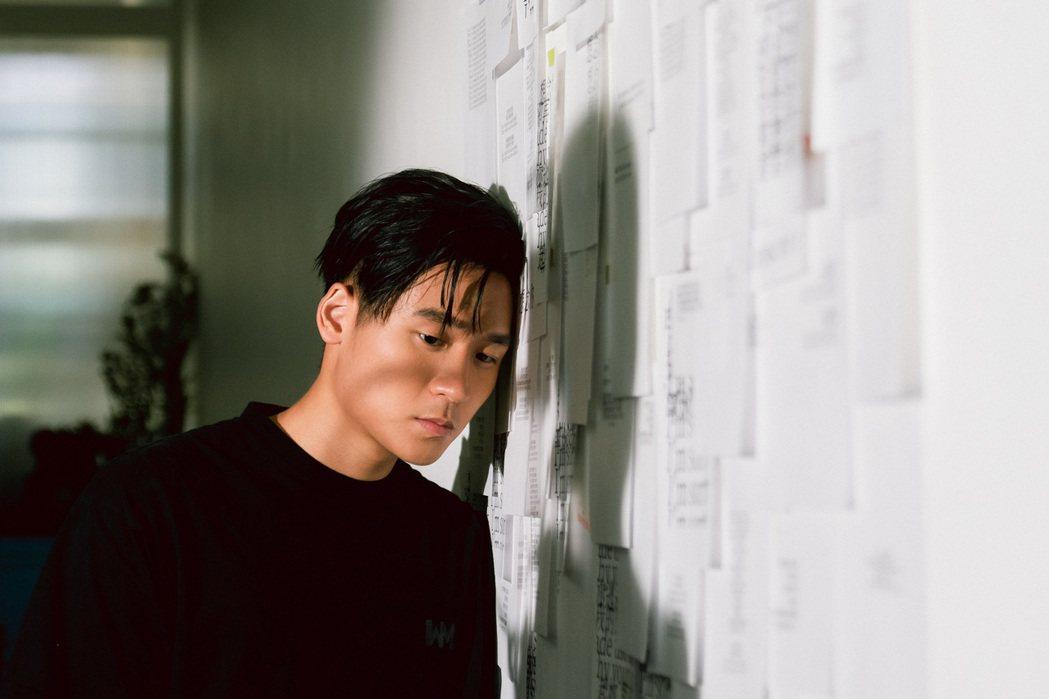 饒舌新秀李杰明撞臉周興哲,透露常在路上被誤認。圖/陶山音樂提供