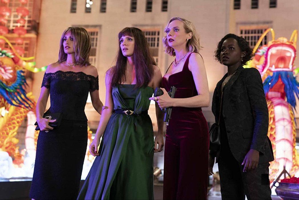 潘妮洛普克魯茲(左起)、潔西卡雀絲坦、黛安克魯格、露琵塔妮詠歐是「355」中的美...