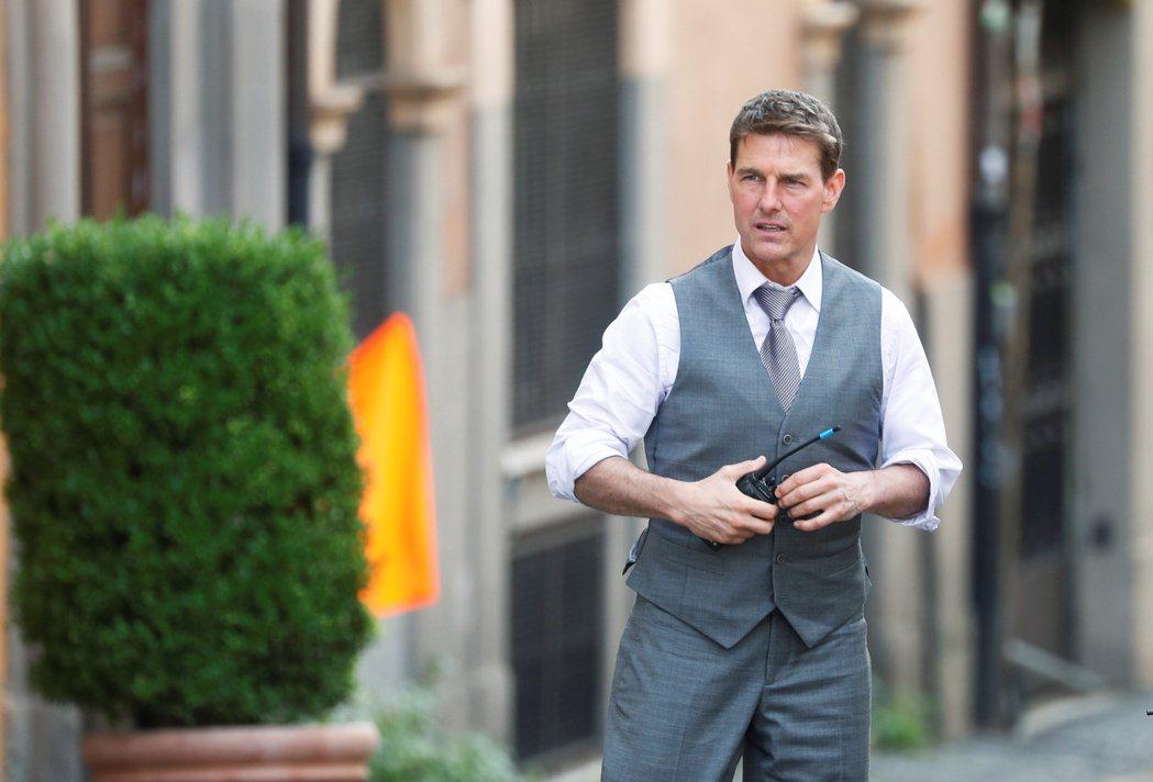 湯姆克魯斯去年在羅馬拍攝「不可能的任務7」時,外表還英挺帥氣。(路透資料照片)