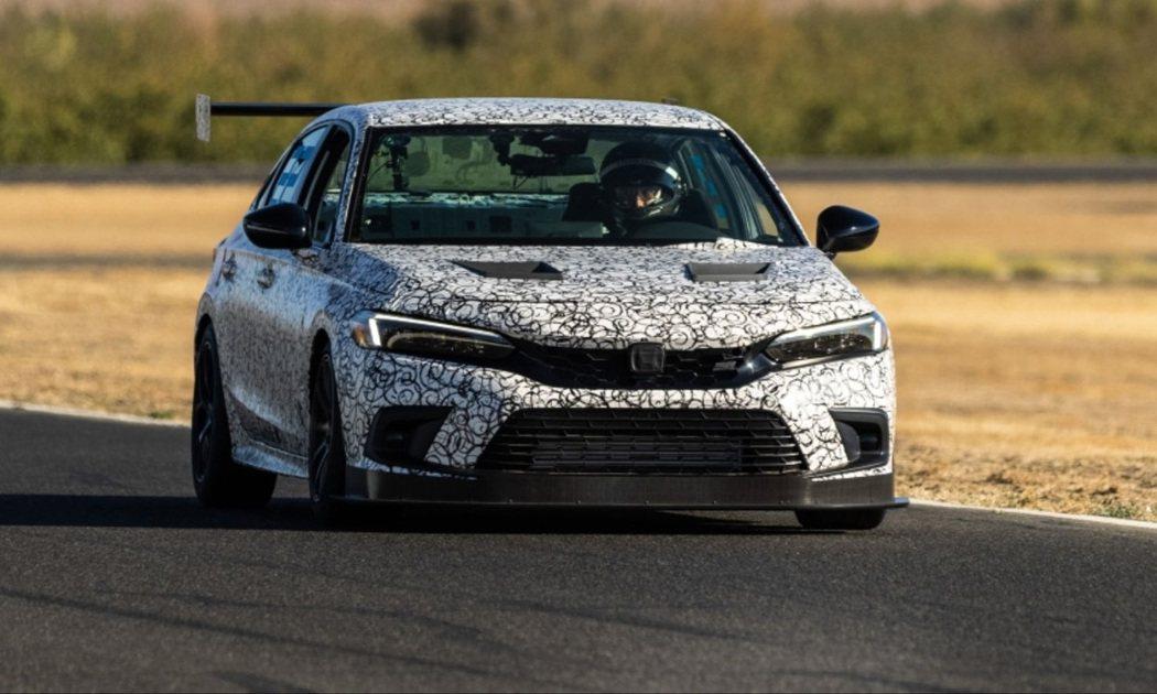 全新Honda Civic Si賽車現正測試中。 摘自Honda